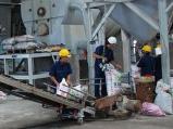 Vụ Đông Xuân: Giá phân urê giảm vì cung vượt cầu